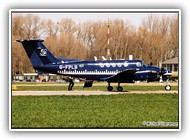 Beech 200 G-FLPB on 7 april 2003_1