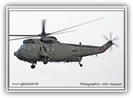 Sea King HC.4 Royal Navy ZF116 WP on 12 December 2005_1